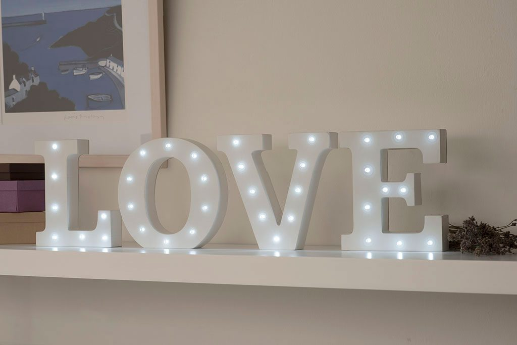 up-in-lights-love